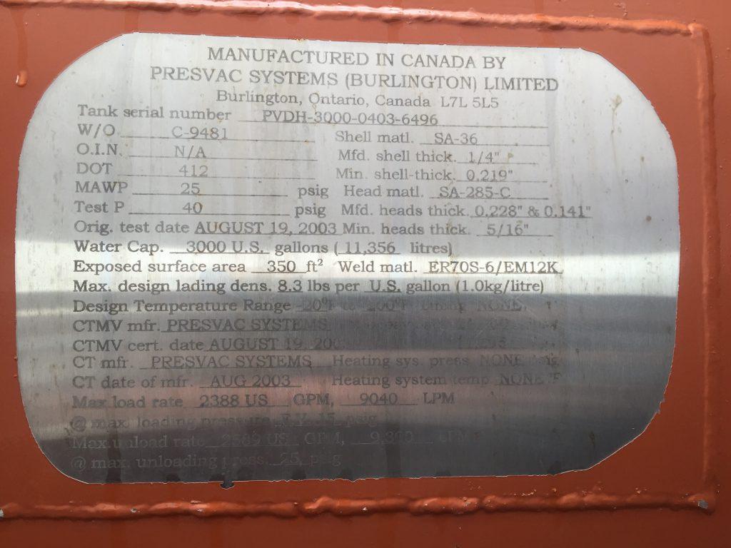 03 MACK CV HYD EX 6812