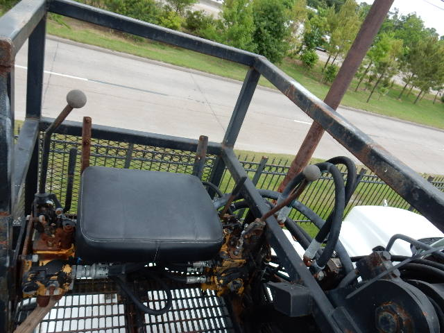 95 VOLVO GRAPPLE 8597 INTERIOR (4)