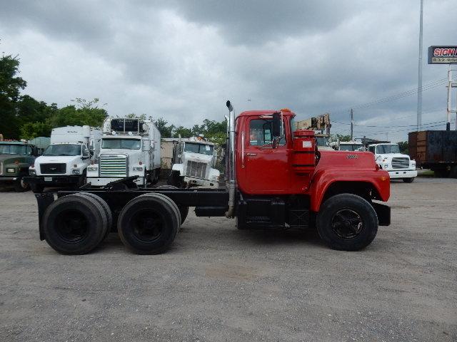 73 MACK TT 3678 (4)