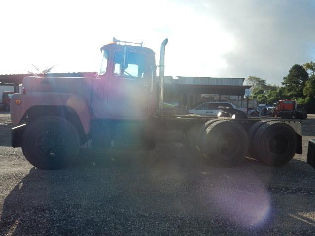 73 MACK TT 3678 (6)