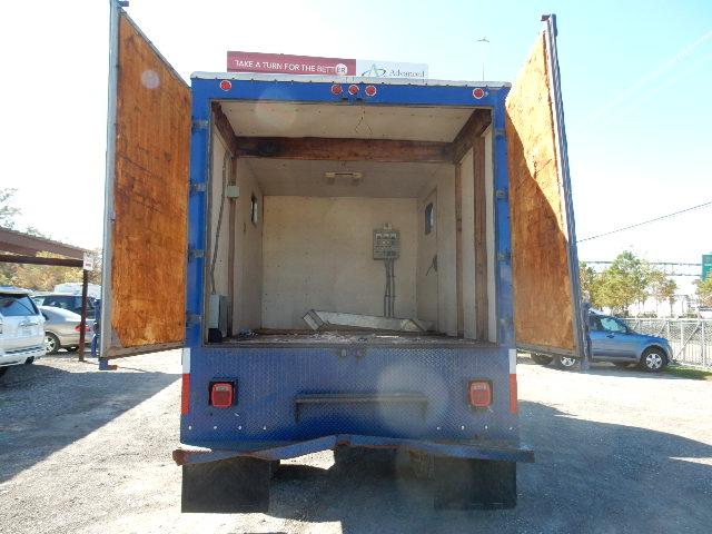 00 FRHT FL BOX TRUCK 5691 (7)
