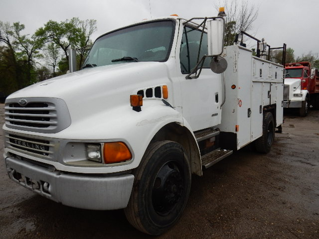 Side front view of White 2002 Sterling Acterra Service truck in Channelview, Tx