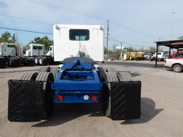 5th wheel of 2005 Peterbilt 378 truck tractor for sale in Channelview, Tx - Houston, Tx