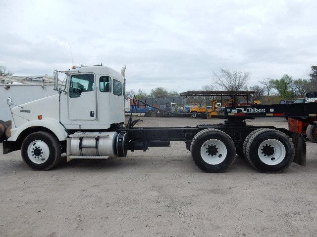 12 KW T800 3502 (9)