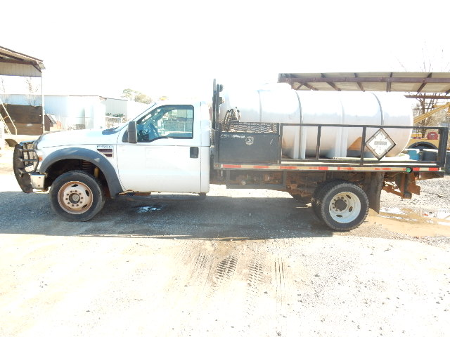 08 FORD F550 7902