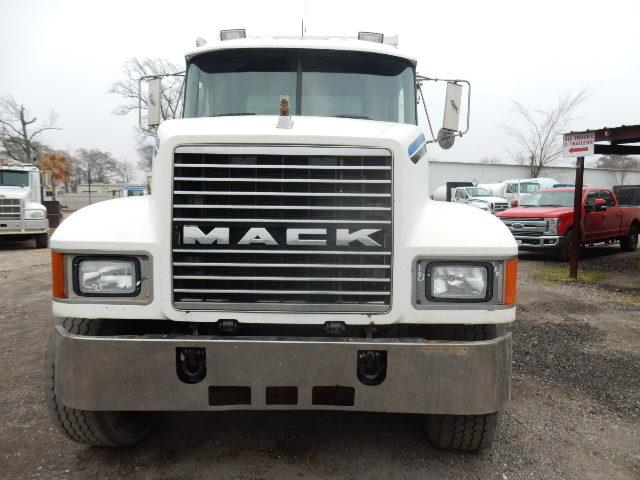 96 MACK CH613 5338 (3)