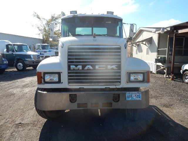96 MACK CH613 5338 (6)