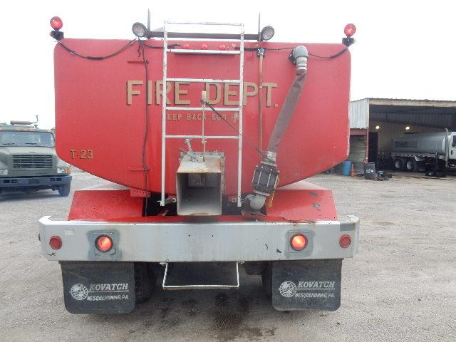 83 MACK FIRE TRUCK 2438 (6)