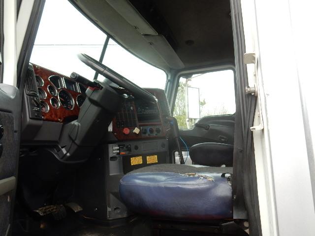 09 MACK CXU613 6840 (8)