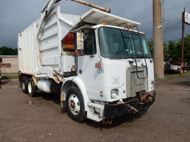95 WHITE GMC GARBAGE 9528 (2)