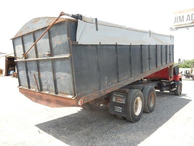 1980 Mack Grain dump 1979 (7)